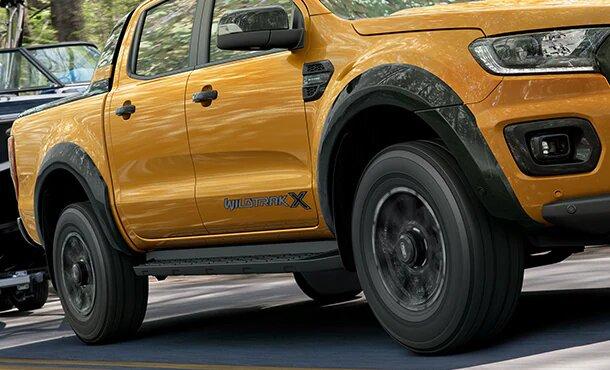 Ranger Wildtrak X Black wheel arch flares