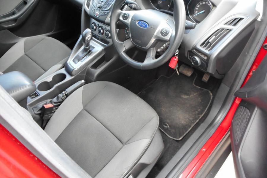 2012 Ford Focus LW  II AMBIENTE Hatchback Image 10