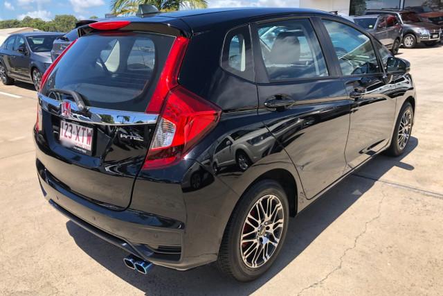 2017 MY18 Honda Jazz GF  VTi Hatchback Image 3