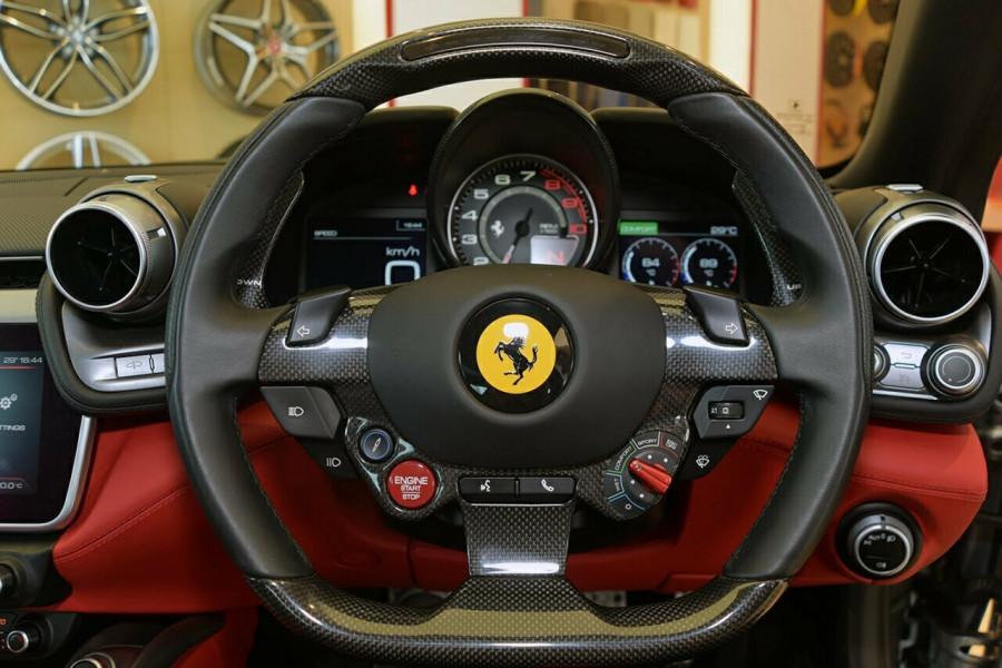 2017 Ferrari Gtc4lusso F151 T Hatchback Mobile Image 11