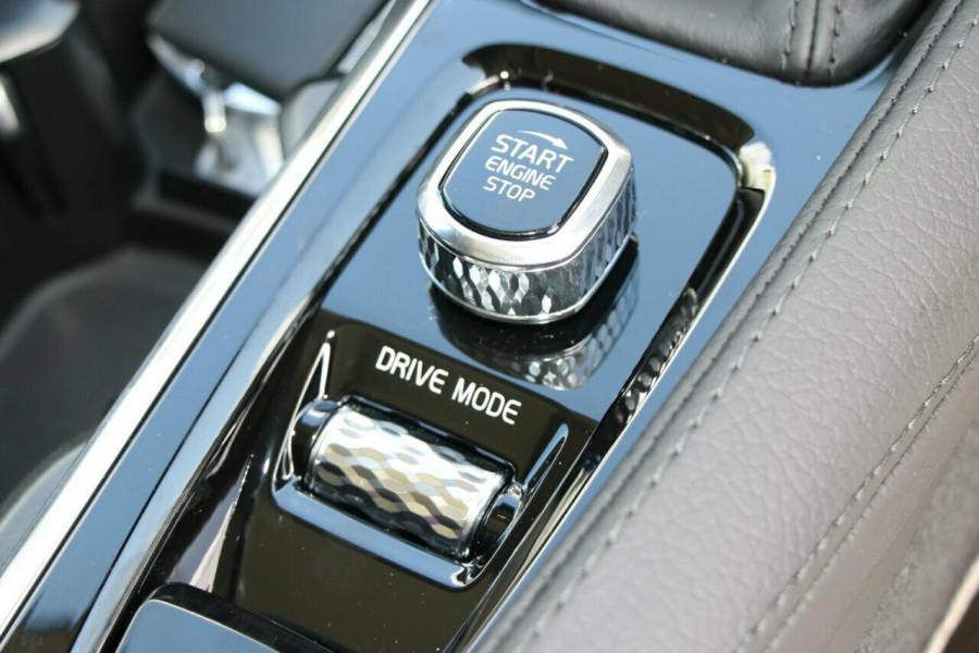 2020 Volvo XC90 L Series D5 Momentum Suv Image 15