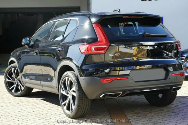 2020 Volvo XC40 XZ T5 R-Design Suv Image 3