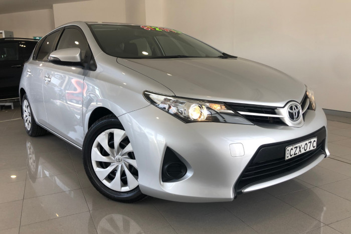 2013 Toyota Corolla ZRE182R Ascent Hatchback