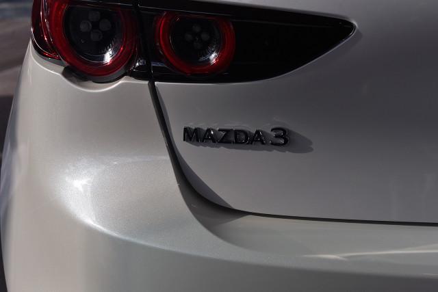 2019 Mazda 3 BP G20 Pure Hatch Hatchback Image 4