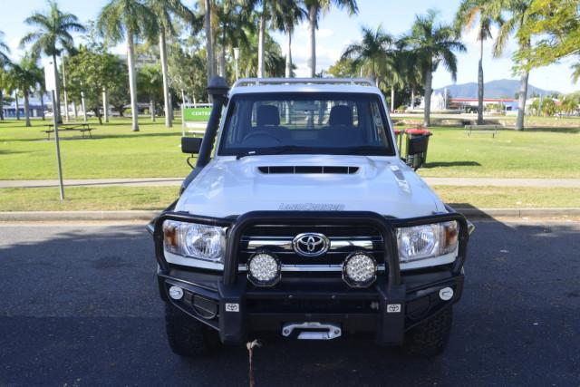 2017 Toyota Landcruiser CC