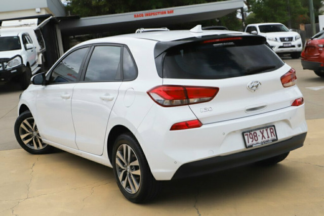 2017 MY18 Hyundai i30 PD Active Hatchback Image 2