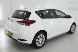 2017 Toyota Corolla ZRE182R Ascent Hatchback Image 2