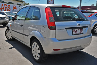 2005 Ford Fiesta WP LX Hatchback Image 3