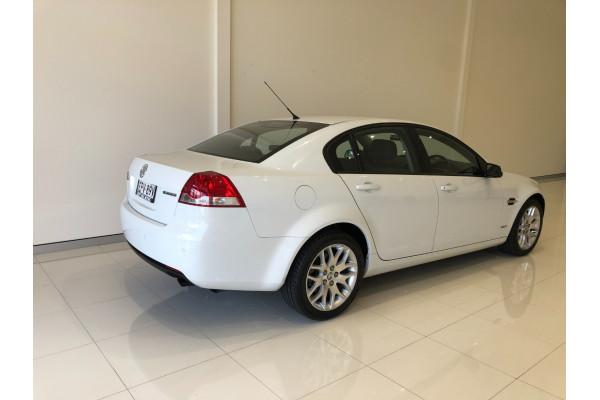 2010 Holden Commodore VE International Sedan Image 4