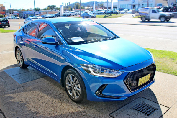2017 Hyundai Elantra AD Active Sedan Image 4