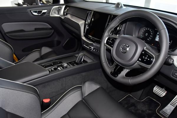 2021 Volvo XC60 UZ Recharge Suv Image 4