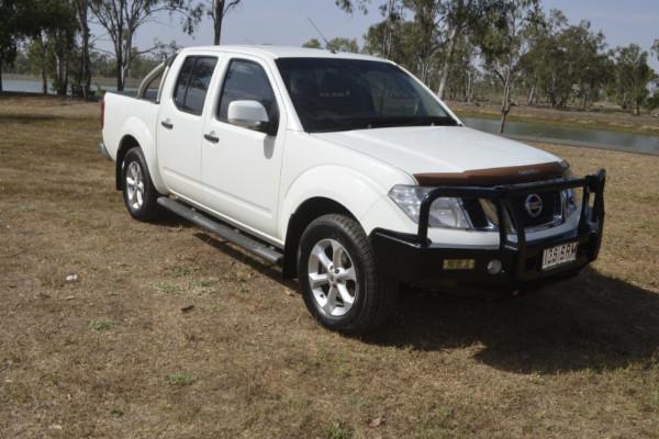 Nissan Navara MY12 D4