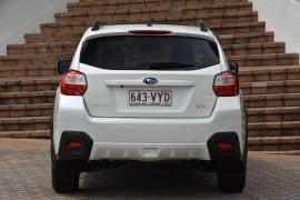2015 Subaru XV G4-X 2.0i-L Suv Image 4