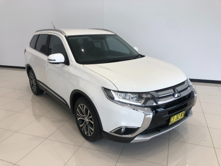 2016 Mitsubishi Outlander ZK Turbo XLS Awd 7 seats