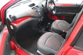 2011 Holden Barina Spark MJ MY11 CD Hatchback Image 5