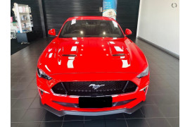 2020 Ford Mustang Image 2