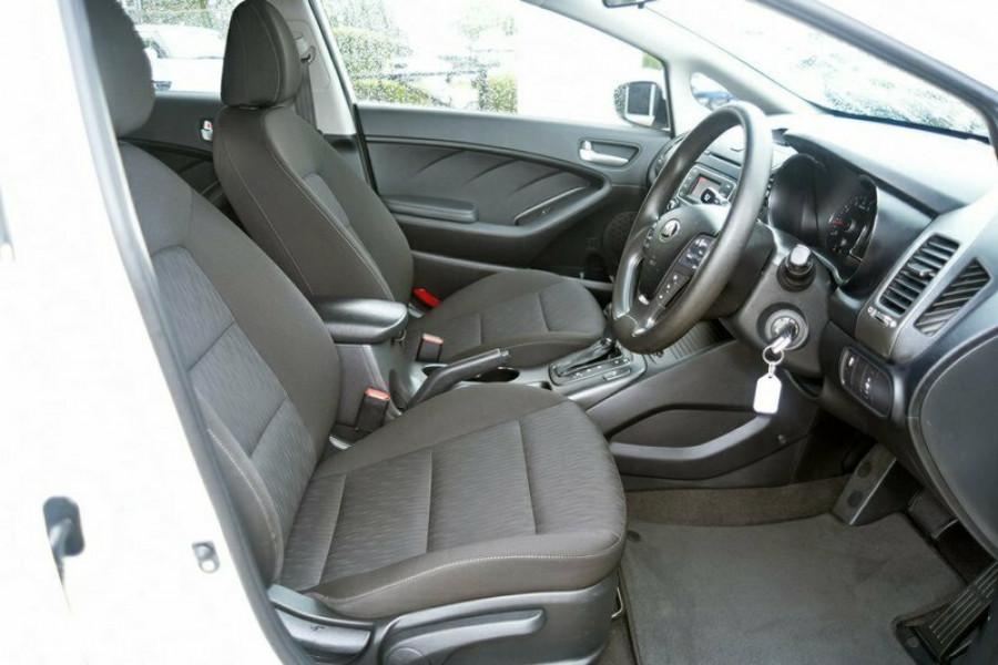 2013 MY14 Kia Cerato YD MY14 S Hatchback