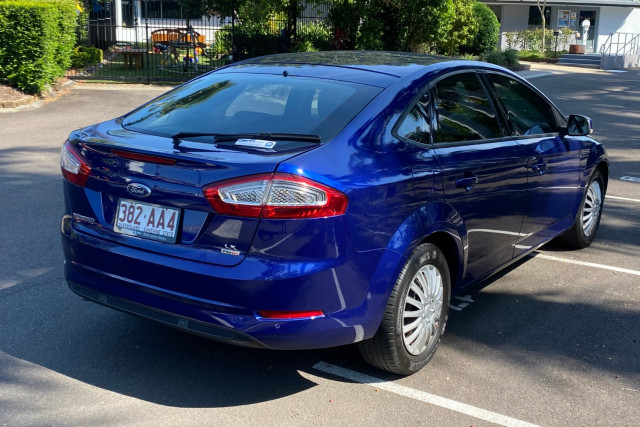 2014 Ford Mondeo MC LX TDCi Hatchback Image 3