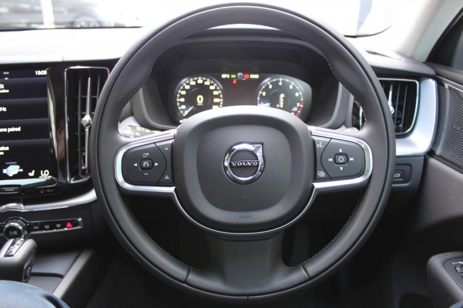 2021 Volvo XC60 UZ T5 Momentum Suv Image 11