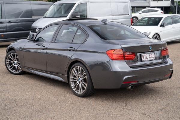 2013 BMW 3 Series F30  320i Sedan Image 2