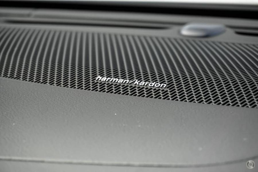 2019 MY20 Volvo V60 F-Series T5 R-Design Wagon Image 13