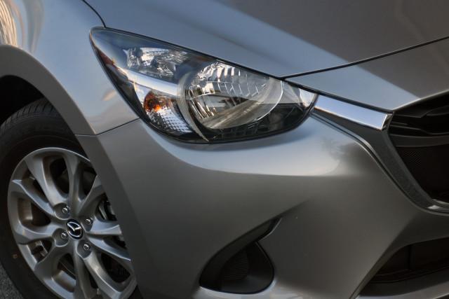 2019 Mazda 2 DJ Series Maxx Hatch Hatchback Image 2