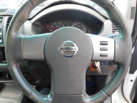 2011 Nissan Navara D40  RX CC Cab chassis