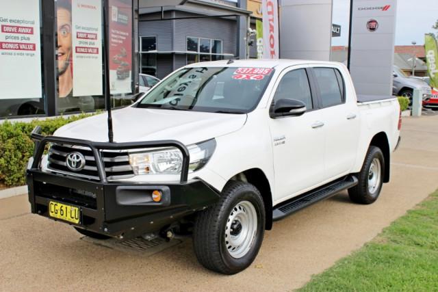 2015 Toyota HiLux GUN126R SR Utility - dual cab