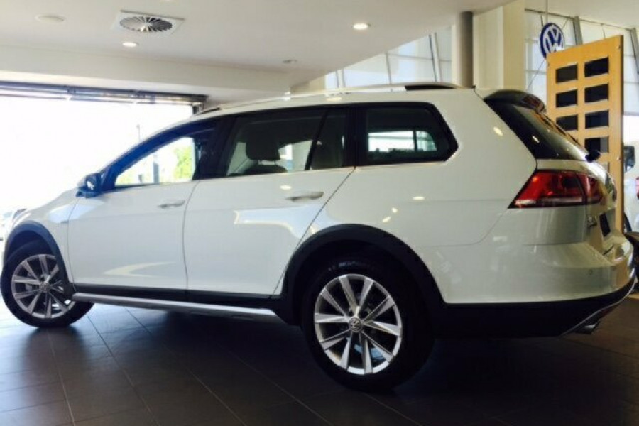 Demo 2015 Volkswagen Golf Alltrack 305595mb Brisbane Norris Motor