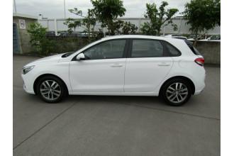 2017 MY18 Hyundai i30 PD MY18 Active Hatchback Image 4