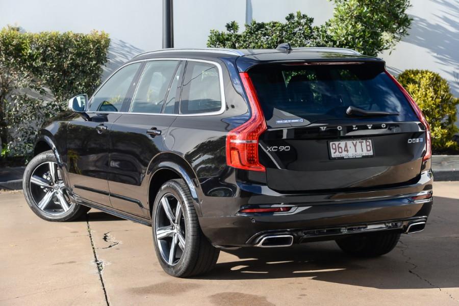 2018 Volvo XC90 L Series D5 R-Design Suv Mobile Image 2