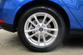 2017 Ford Focus LZ TREND Hatchback Image 3