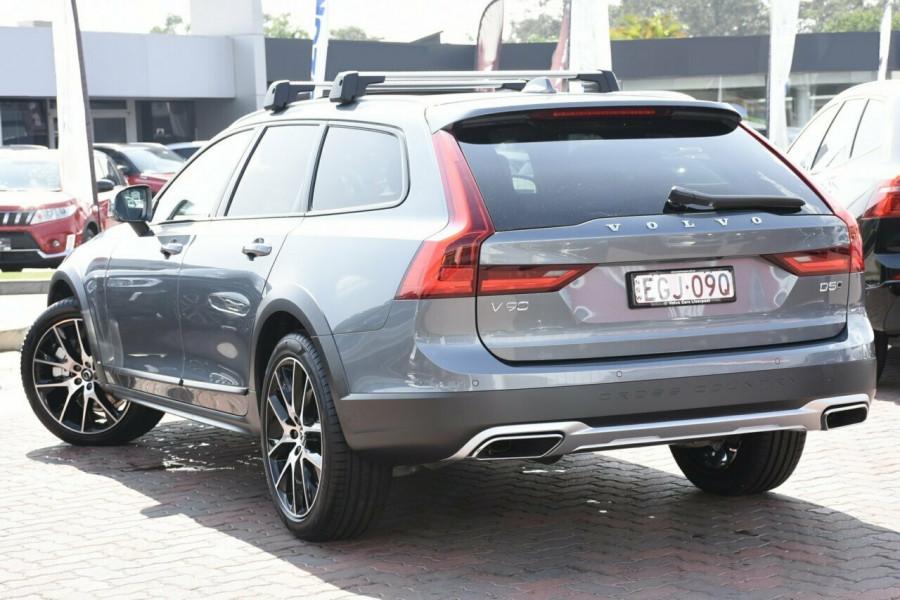 2019 MY20 Volvo V90 Cross Country D5 Suv