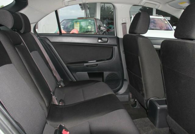 2009 Mitsubishi Lancer CJ MY09 ES Sportback Hatchback