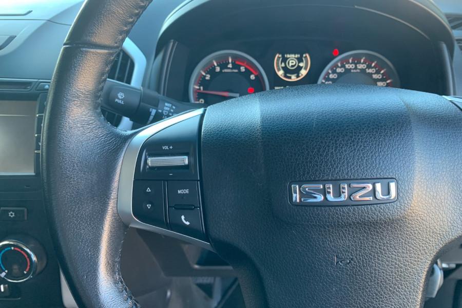 2017 Isuzu UTE D-MAX 4x4 LS-M Crew Cab Ute Dual cab Image 15