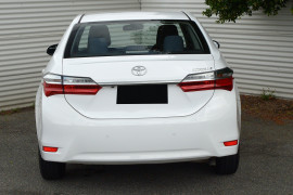 2016 Toyota Corolla ZRE172R ASCENT Sedan image 3