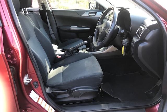 2010 Subaru Impreza R 9 of 18