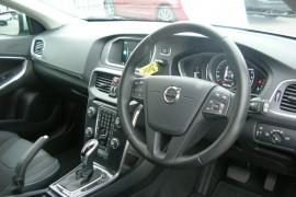 2016 MY18 Volvo V40 M Series  D2 D2 - Momentum Hatchback