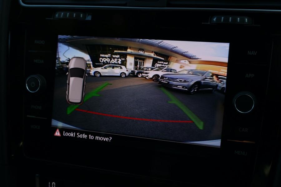 2020 Volkswagen Golf 7.5 GTI Hatchback Image 21