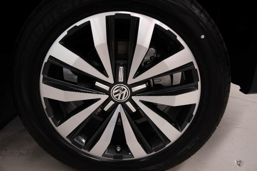 2019 MYV6 Volkswagen Amarok 2H Ultimate 580 Utility Image 21