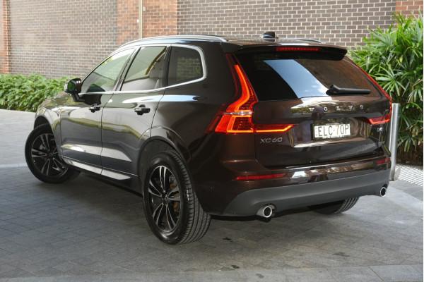 2020 Volvo XC60 UZ D4 Momentum Suv Image 2