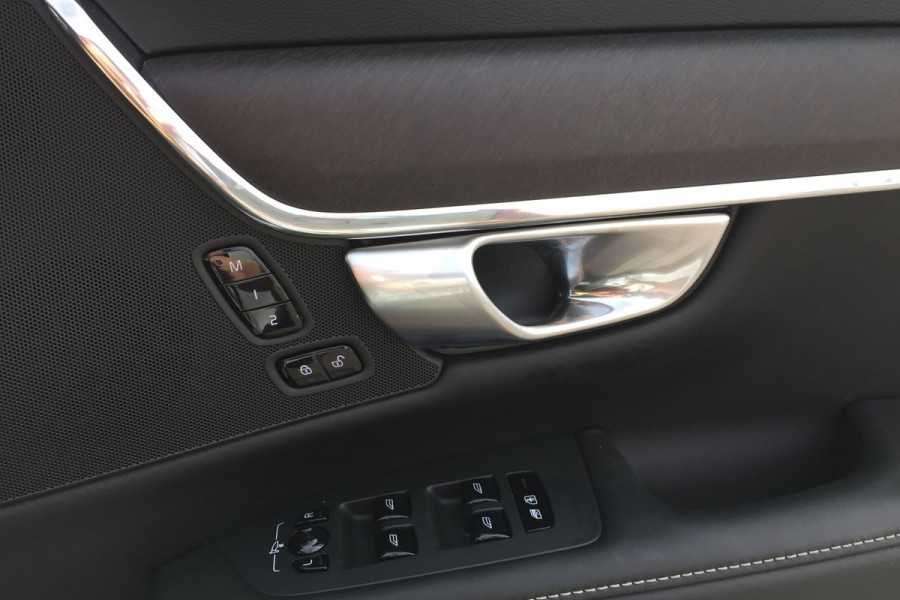 2019 Volvo V90 Cross Country MY20 4X4 On Demand D5 Hatchback Mobile Image 13