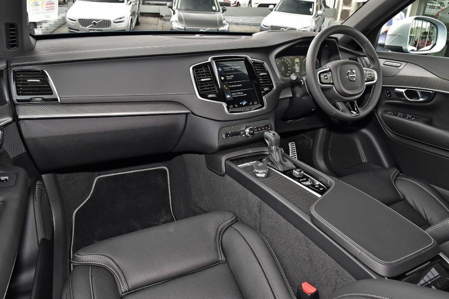 2018 MY19 Volvo XC90 L Series D5 R-Design Suv Mobile Image 8