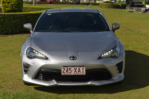 2017 Toyota 86 ZN6 GT Coupe Image 3