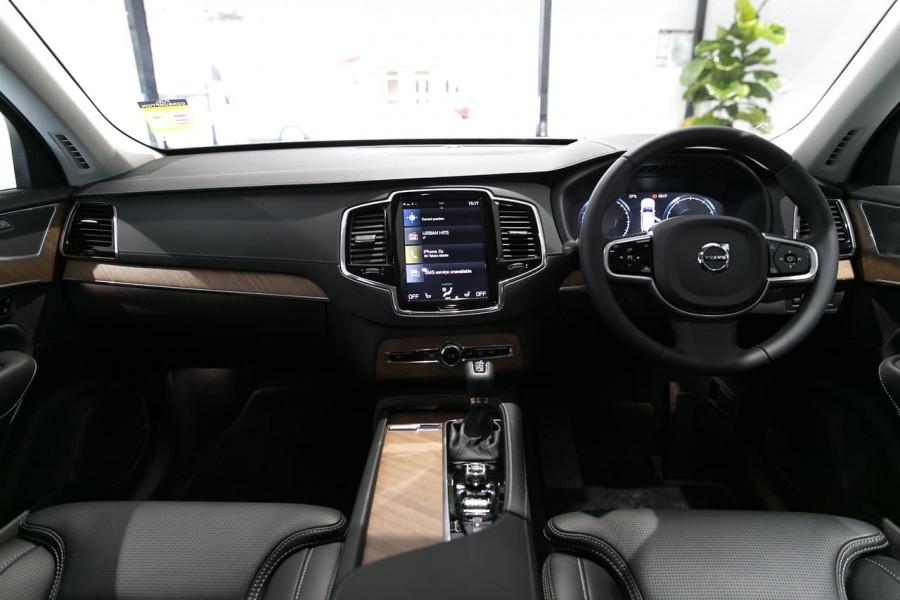 2019 Volvo XC90 L Series T6 Inscription Suv Mobile Image 4