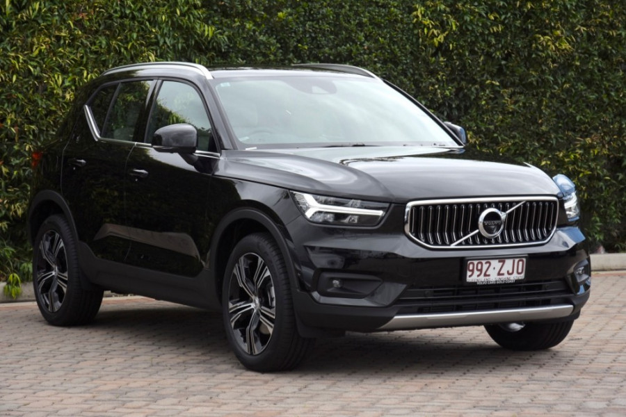 2019 Volvo XC40 XZ T4 Inscription Suv Image 1