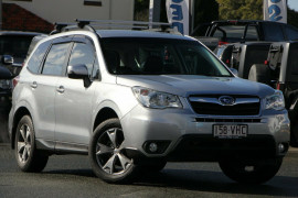 Subaru Forester 2.5i Lineartronic AWD Luxury S4 MY14