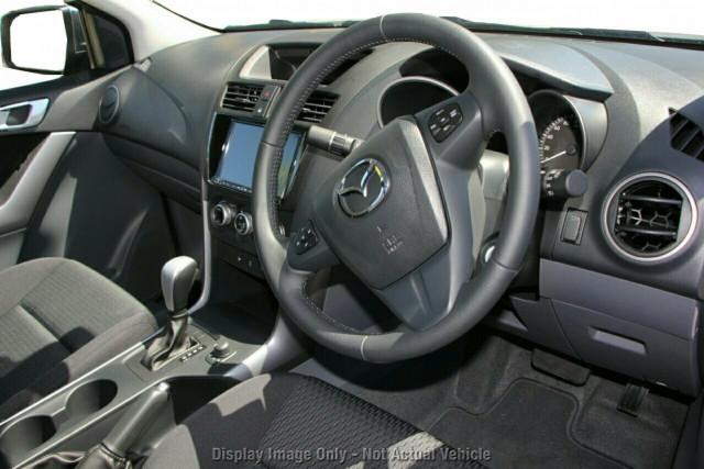 2020 Mazda BT-50 UR 4x4 3.2L Freestyle Cab Pickup XTR Utility Image 4
