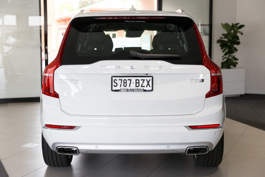 2019 Volvo XC90 L Series D5 Inscription Suv Image 8