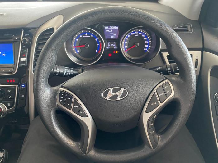2014 Hyundai I30 GD2 Active Hatchback Image 20